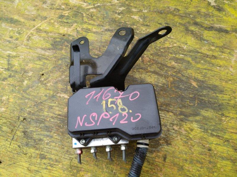 Блок управления abs Toyota Ractis NCP120 1NRFE передний (б/у)