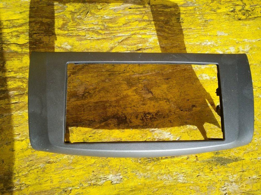 Консоль магнитофона Nissan Sylphy TB17 MRA8 передний (б/у)