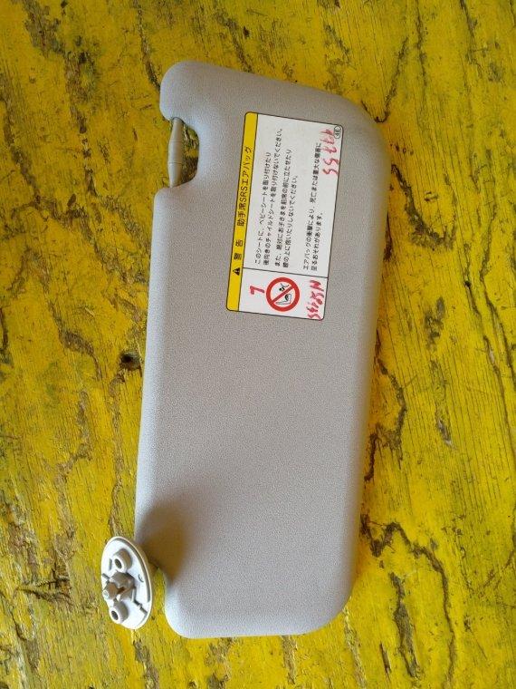 Козырек солнцезащитный Toyota Vitz KSP130 1NRFE передний левый (б/у)