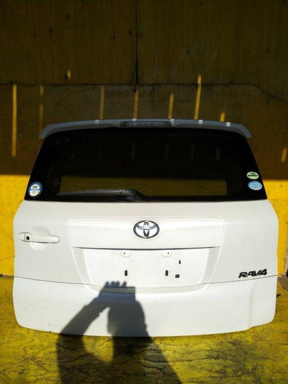 Дверь 5-я Toyota Rav4 ACA31W 2AZFE задняя (б/у)