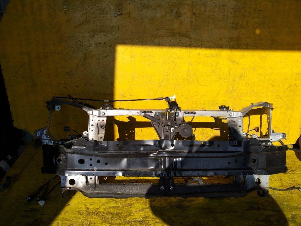Рамка радиатора Subaru Impreza GP2 FB20 передняя (б/у)