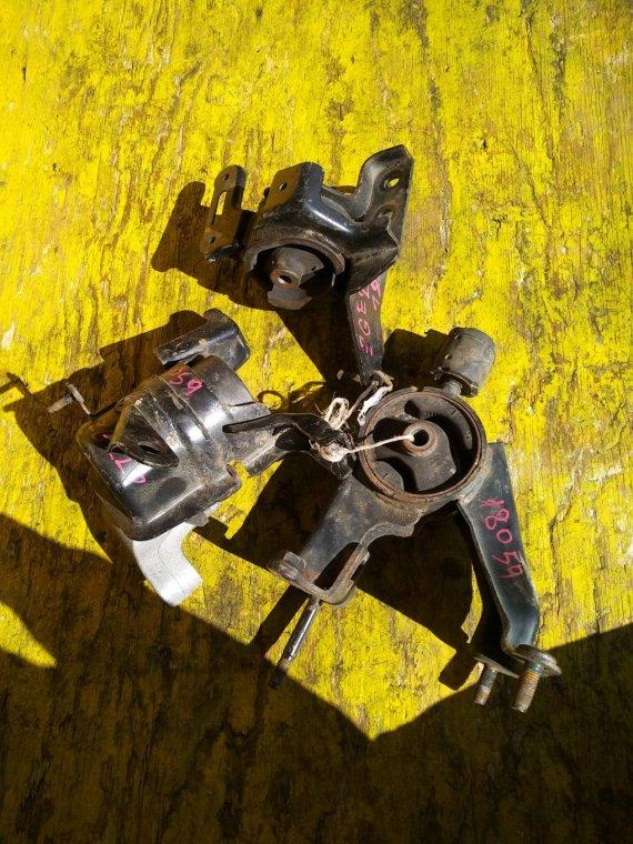 Подушка двигателя Toyota Wish ZGE20 2ZRFAE (б/у)