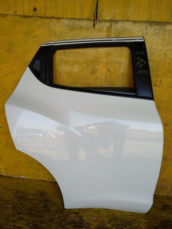 Дверь Nissan Juke F15 HR15 задняя правая (б/у)