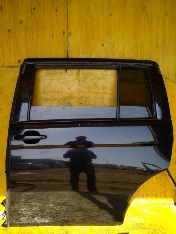 Дверь Toyota Isis ZGM10G 2ZRFAE задняя левая (б/у)