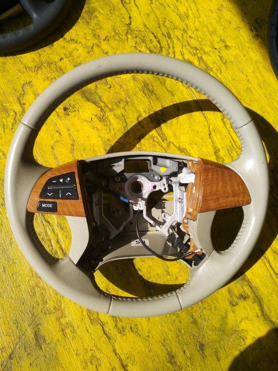 Руль Toyota Isis ZGM10G 2ZRFAE (б/у)