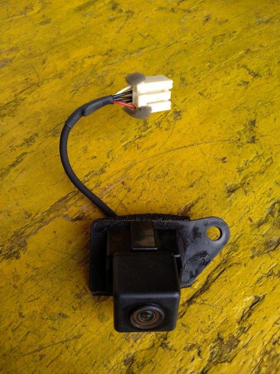 Камера заднего вида Mitsubishi Rvr GA3W 4B10 задняя (б/у)
