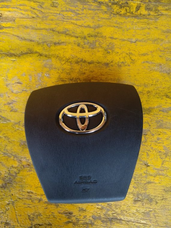 Airbag водительский Toyota Prius ZVW30 2ZRFXE (б/у)