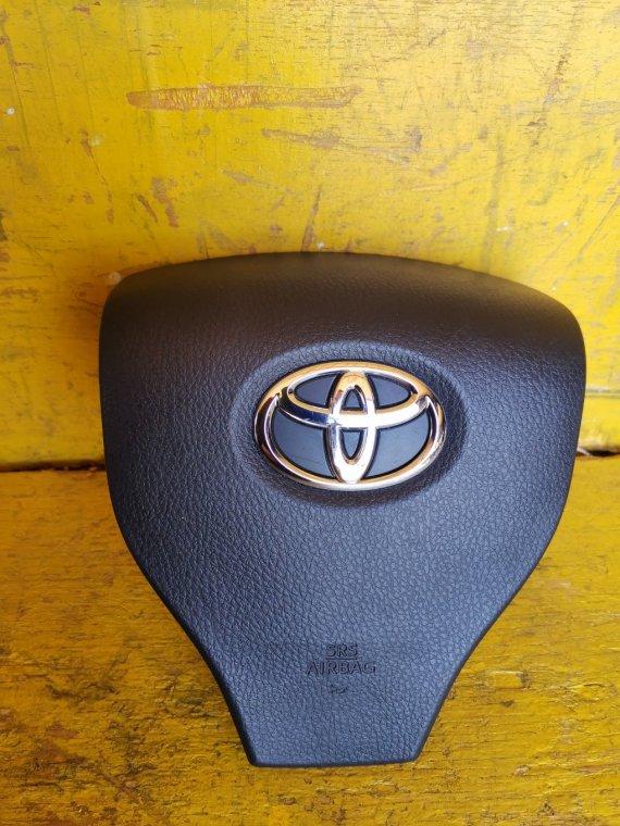 Airbag водительский Toyota Voxy ZRR80 3ZRFAE (б/у)
