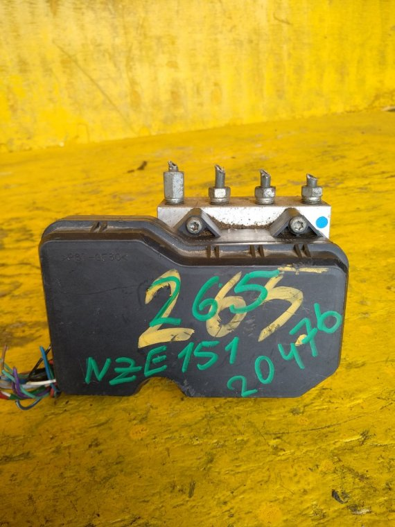 Блок abs Toyota Corolla Rumion NZE151N 1NZFE (б/у)