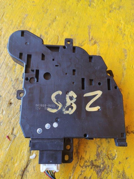 Электронный блок Toyota Voxy ZRR80 3ZRFAE (б/у)