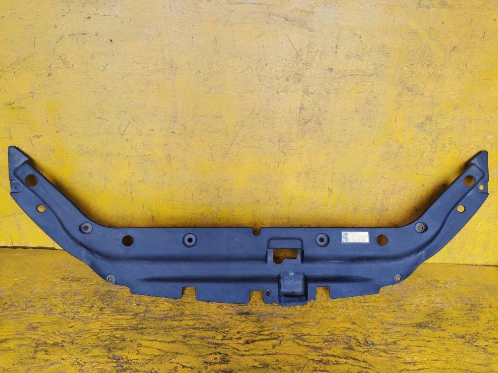 Пластм. защита над радиатором Toyota Rav4 ACA36W 2AZFE (б/у)