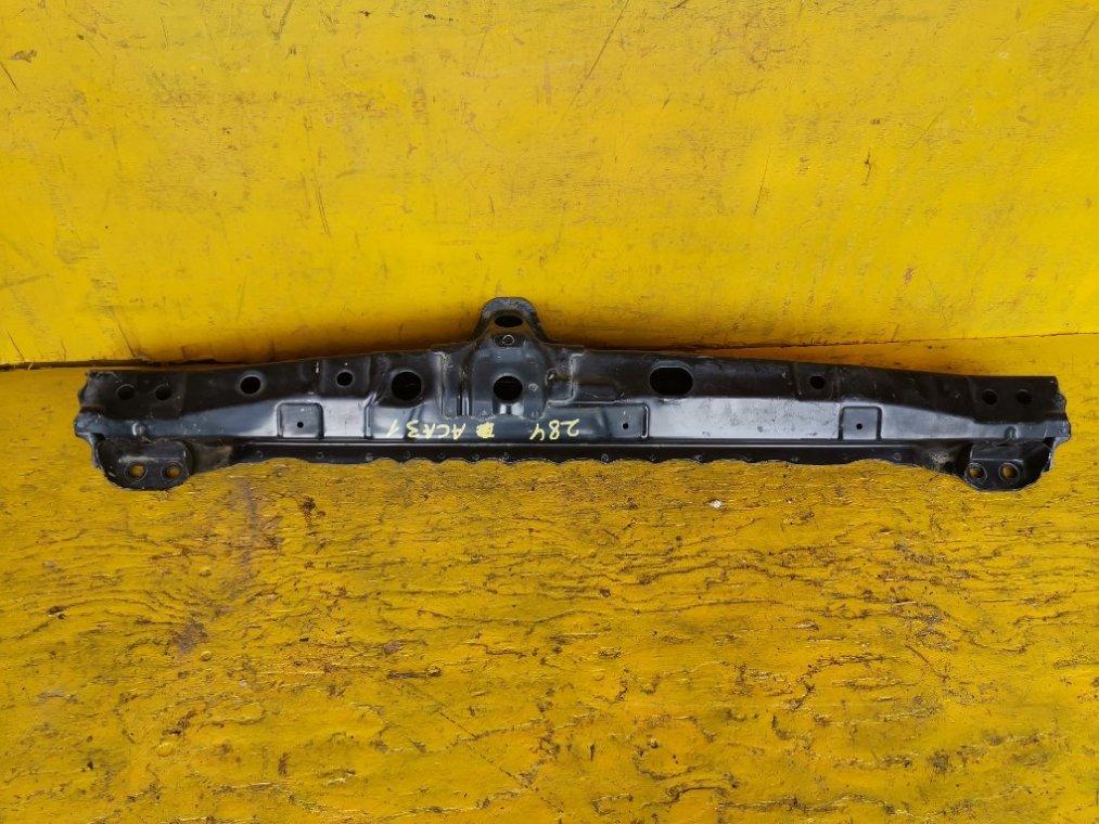 Балка поперечная Toyota Rav4 ACA31 2AZFE передняя (б/у)