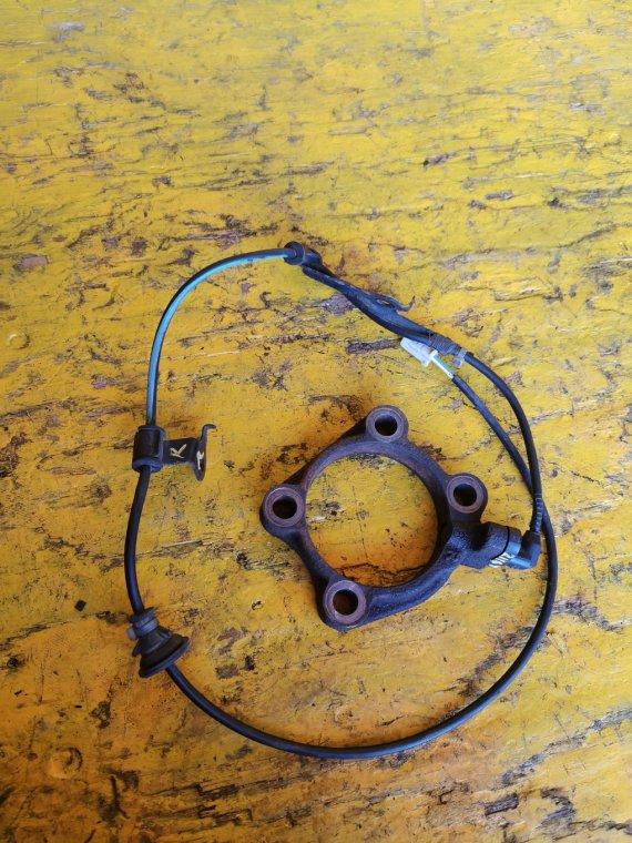 Датчик abs Toyota Corolla Axio NZE164 1NZFE задний правый (б/у)
