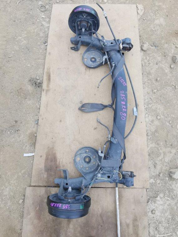 Балка подвески Toyota Voxy ZRR80 3ZRFAE задняя (б/у)