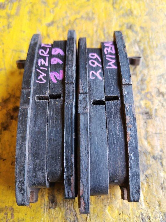 Тормозные колодки Isuzu Wizard UES73FW 4JX1 заднее (б/у)