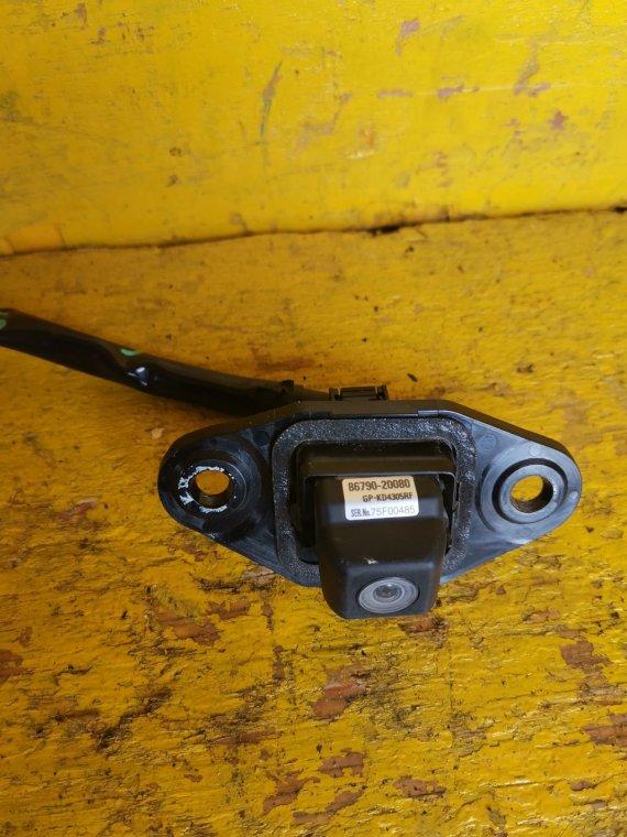 Камера заднего вида Toyota Allion ZRT260 2ZR-FE (б/у)