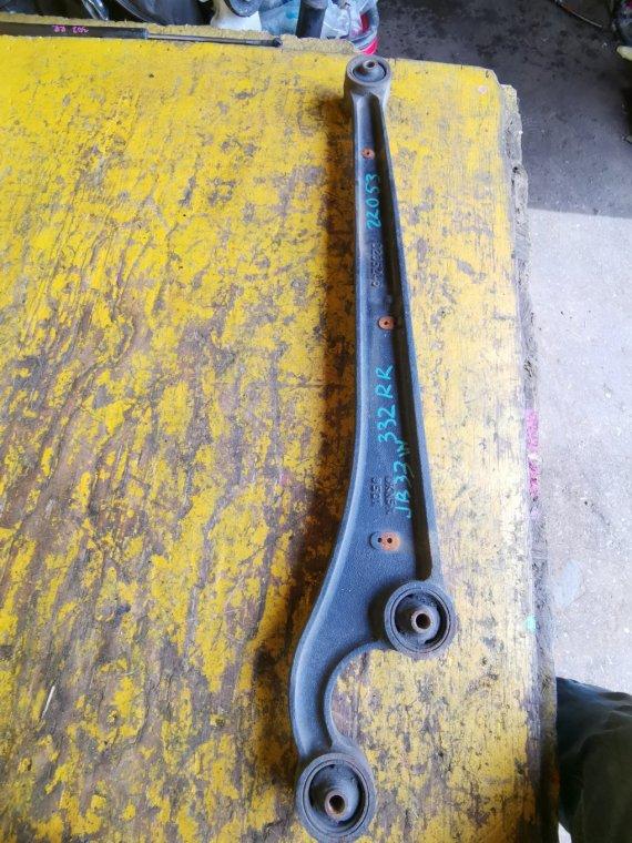 Рычаг Suzuki Jimny Wide JB33W G13B задний правый (б/у)