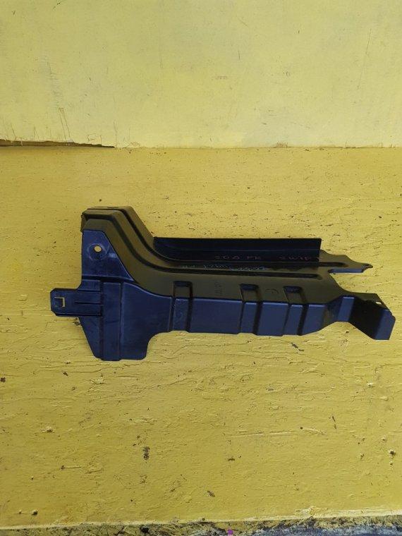 Защита двигателя Suzuki Swift ZC32S M16A передняя правая (б/у)