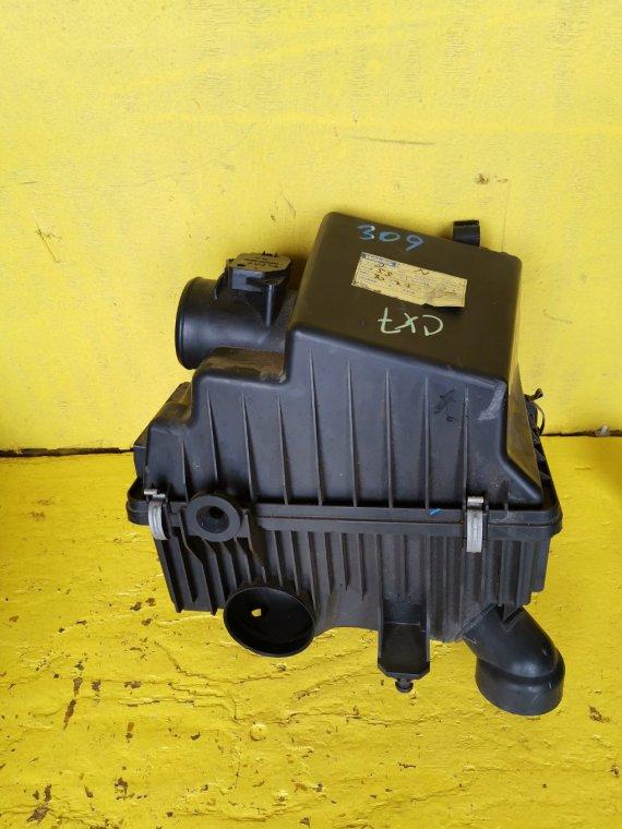 Корпус воздушного фильтра Mazda Cx-7 ER3P L3-VDT (б/у)