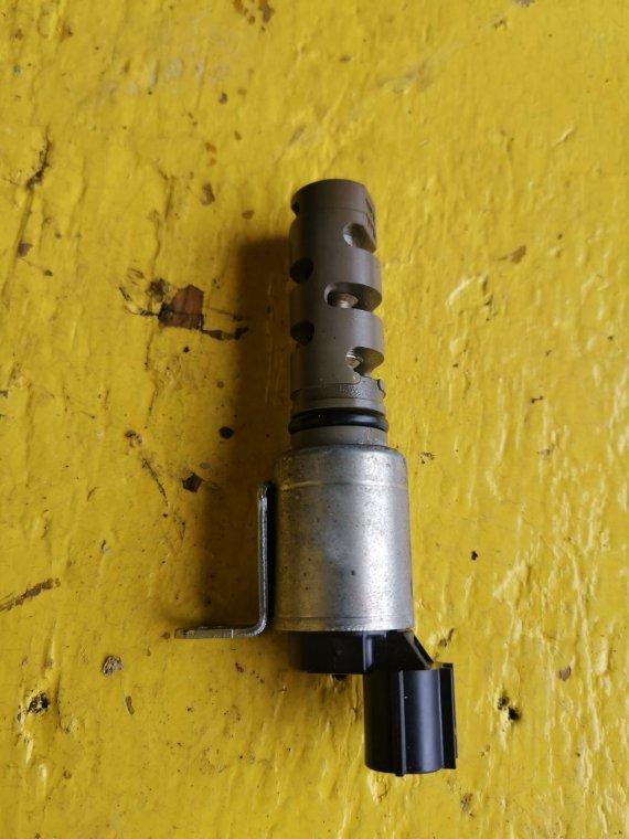 Клапан vvt-i Toyota Voxy ZRR70 3ZRFAE (б/у)