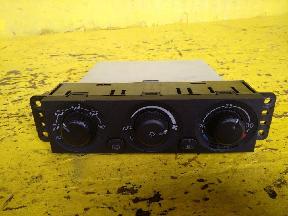 Блок управления климат-контролем Mitsubishi Pajero V73W 6G72 (б/у)