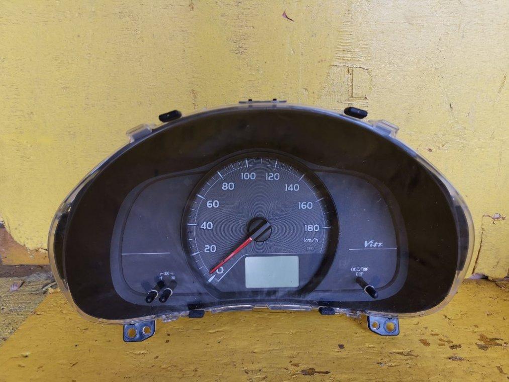 Спидометр Toyota Vitz NSP135 1NRFE (б/у)