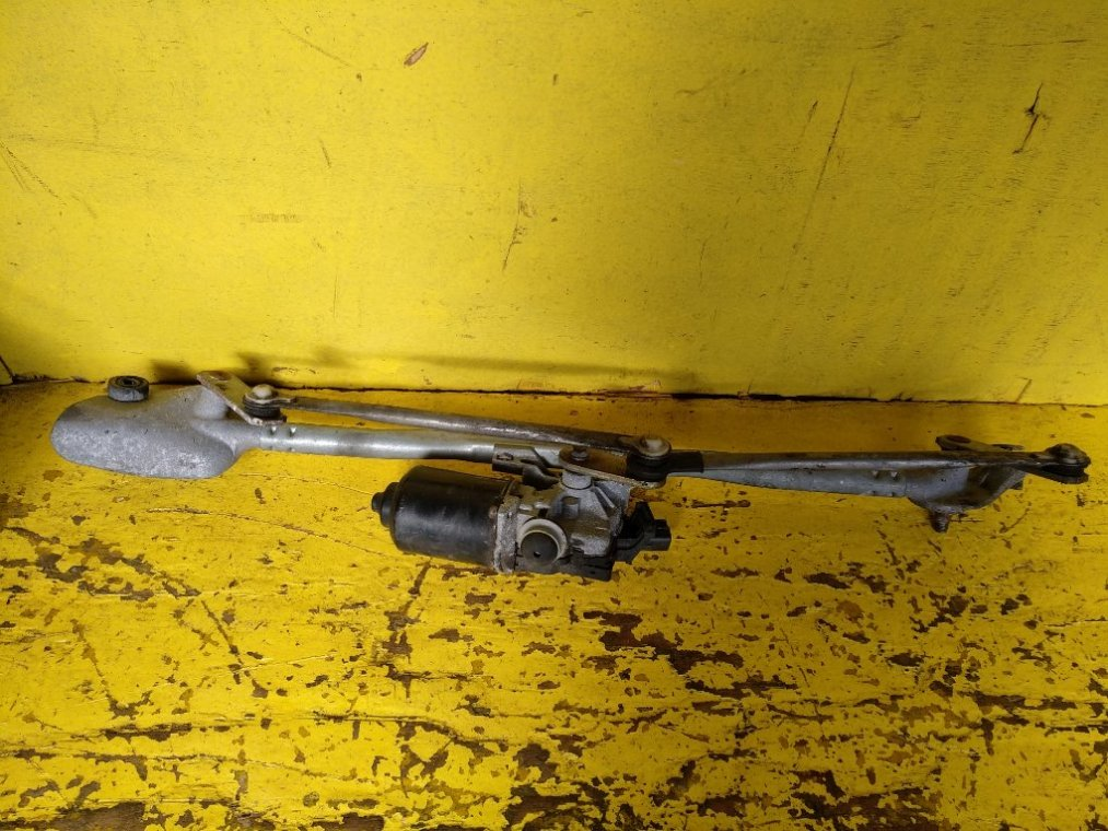 Механизм стеклоочистителя Toyota Kluger MCU25 1MZFE (б/у)