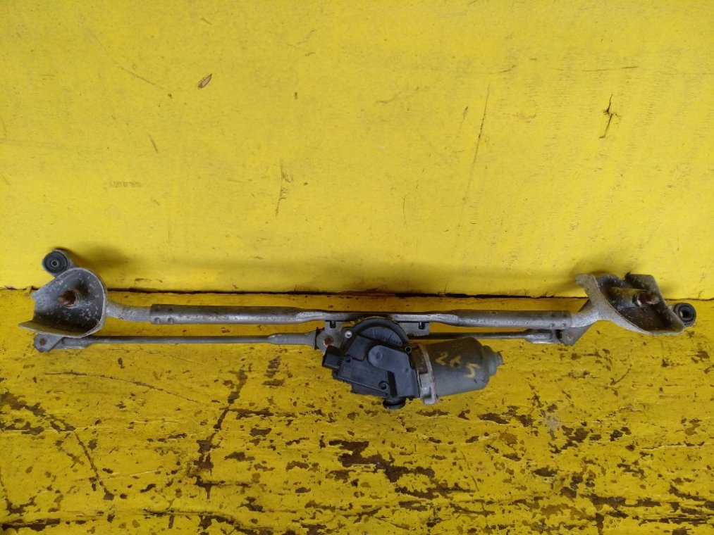 Механизм стеклоочистителя Toyota Corolla Rumion NZE151N 1NZFE (б/у)