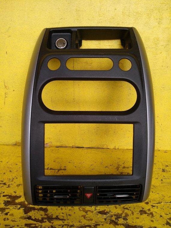 Консоль магнитофона Suzuki Jimny JB23W K6A (б/у)
