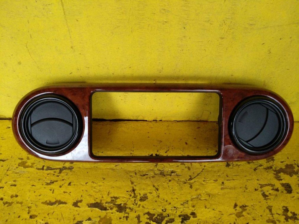 Консоль магнитофона Toyota Corolla Rumion NZE151N 1NZFE (б/у)