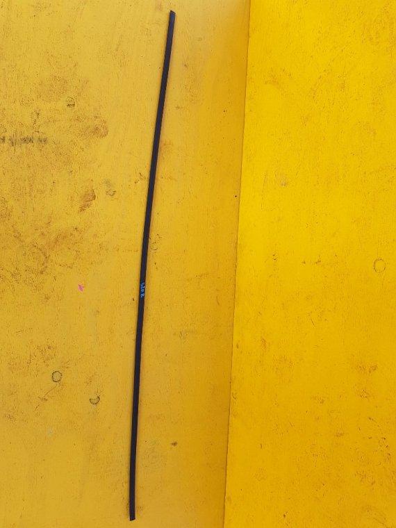 Молдинги на крыше Toyota Corolla Axio NZE144 1NZ-FE правые (б/у)