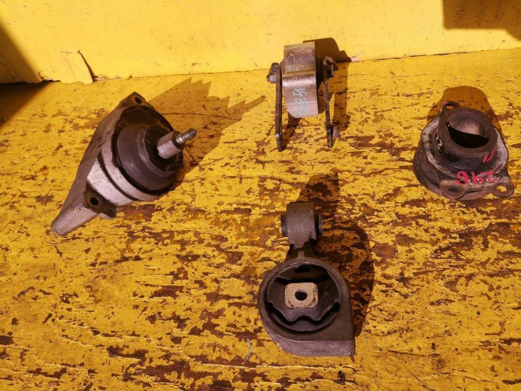 Подушка двигателя Nissan Murano TNZ51 QR25 передняя (б/у)