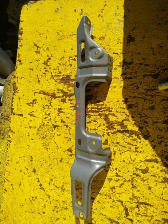 Крепление крыла Subaru Forester SJ5 FB20A переднее правое (б/у)