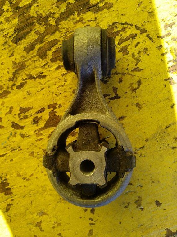 Подушка двигателя Nissan X-Trail DNT31 M9R задняя (б/у)