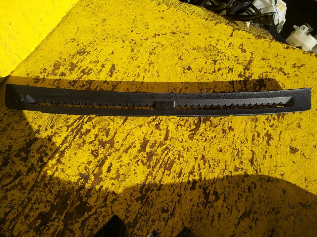 Пластик торпеды Subaru Forester SJ5 FB20A (б/у)