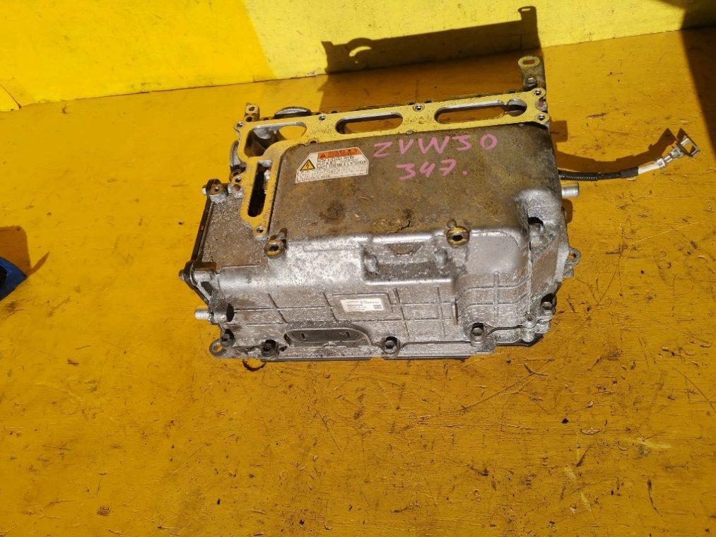 Инвертор Toyota Prius ZVW30 2ZR-FXE передний (б/у)
