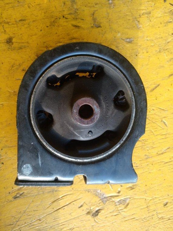 Подушка двигателя Toyota Rav4 SXA10 3S-FE передняя (б/у)