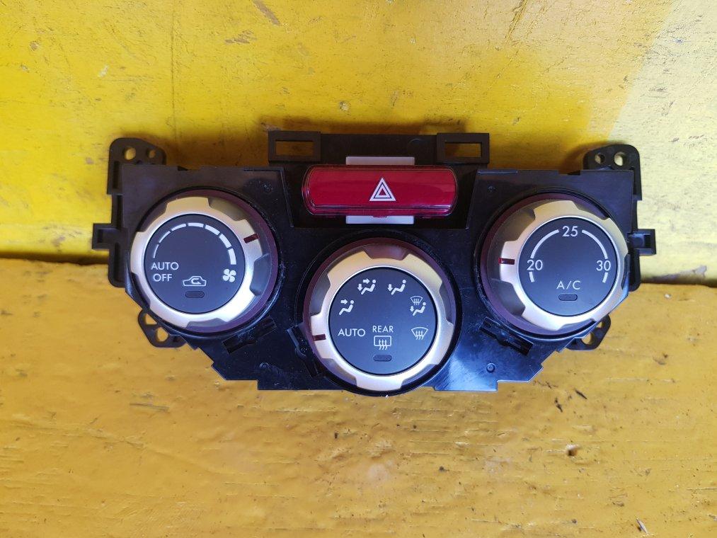 Блок управления климат-контролем Subaru Forester SH5 EJ204 (б/у)