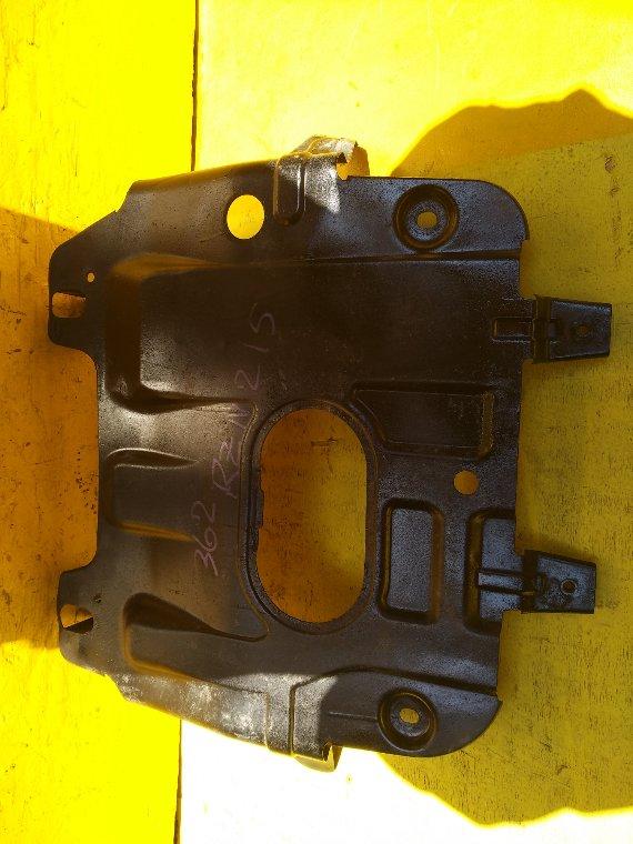 Защита двс железн. Toyota Hilux Surf RZN215 3RZ-FE (б/у)