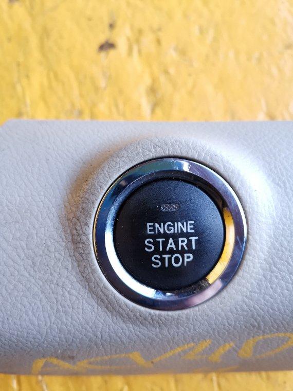 Кнопка пуска двигателя Toyota Camry ACV40 2AZ-FE (б/у)