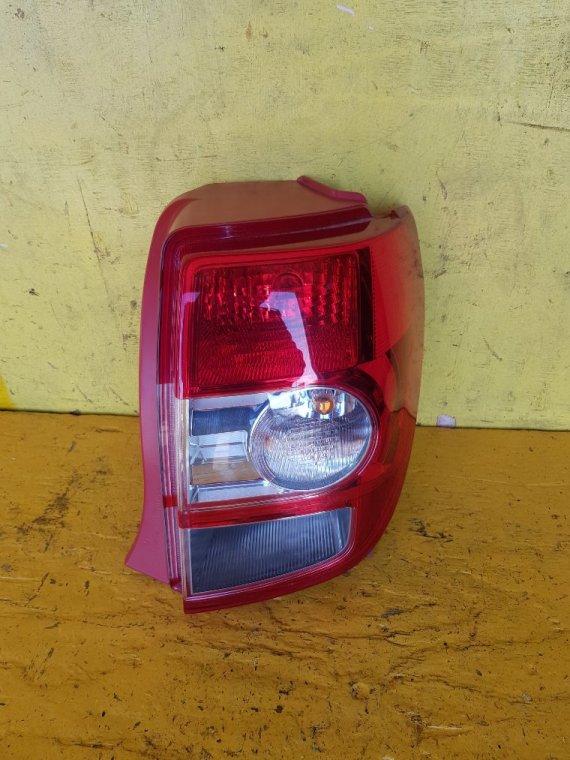 Стоп-сигнал Toyota Ist NCP115 1NZ-FE задний правый (б/у)
