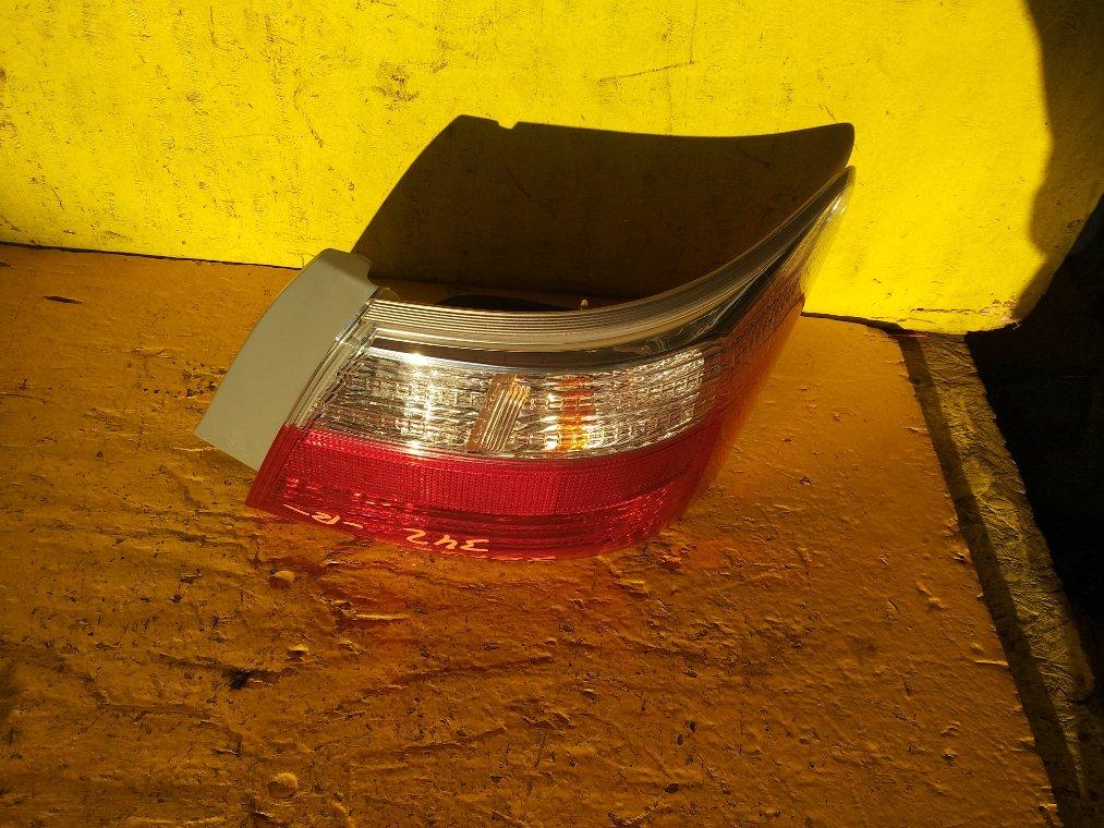 Стоп-сигнал Toyota Premio ZRT260 2ZR-FE задний правый (б/у)
