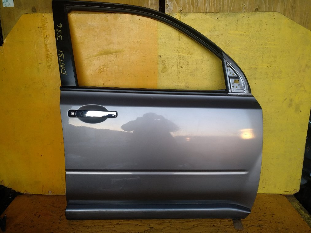 Дверь Nissan X-Trail DNT31 M9R передняя правая (б/у)