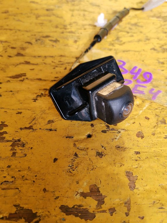 Камера заднего вида Honda Cr-V RE4 K24A (б/у)