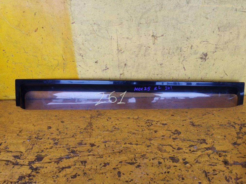 Ветровик Toyota Kluger MCU25 1MZFE задний левый (б/у)