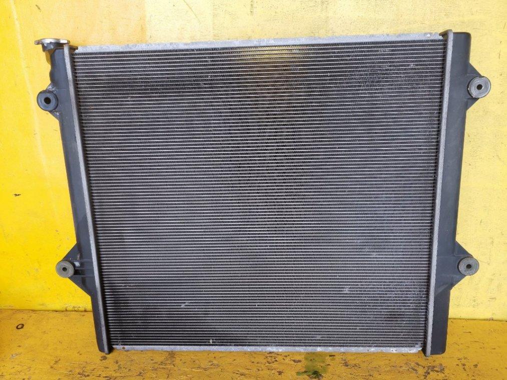 Радиатор основной Toyota Hilux Surf RZN215 3RZ-FE (б/у)