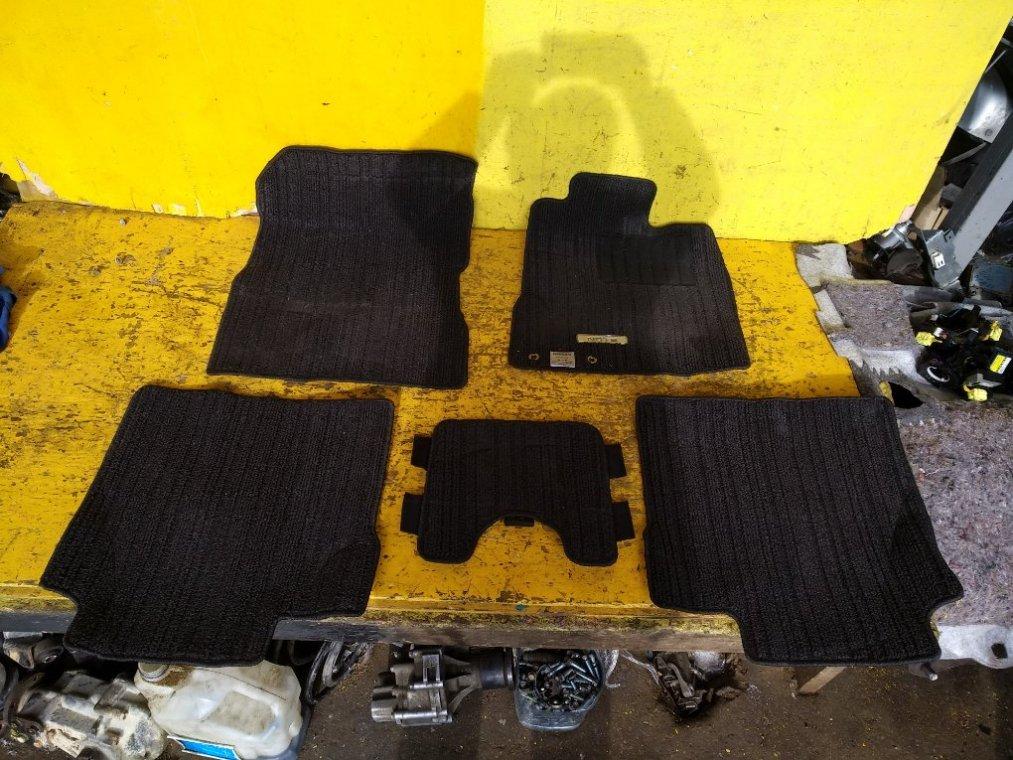 Коврики комплект Nissan Note E12 HR12DE (б/у)