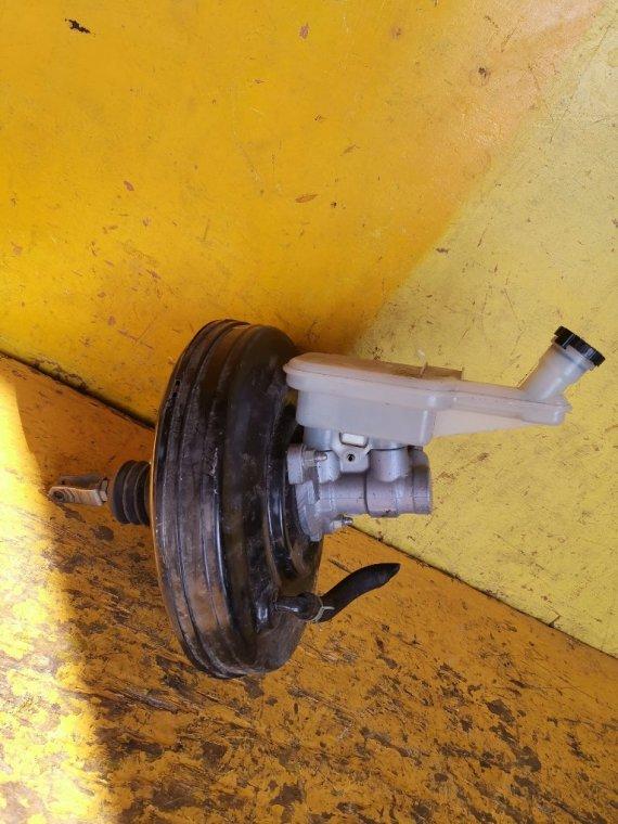 Главный тормозной цилиндр Nissan Juke NF15 MR16DDT (б/у)