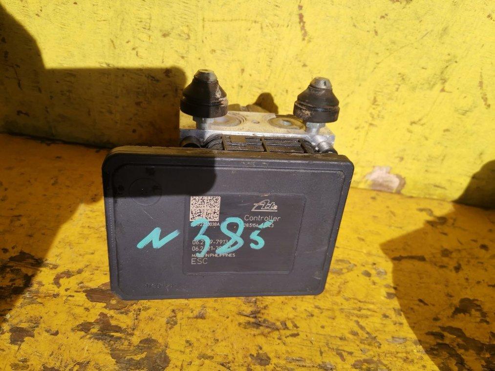 Блок abs Nissan Note E12 HR12DE (б/у)