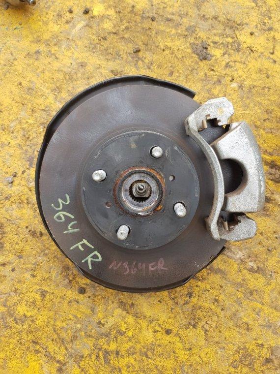 Ступица Toyota Probox NCP160 1NZ-FE передняя правая (б/у)